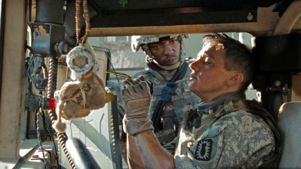"Jeremy Renner and Anthony Mackie in ""The Hurt Locker"""